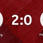 Vereinswappen vom SC Schielberg und FV Wössingen auf einem roten Hintergrund
