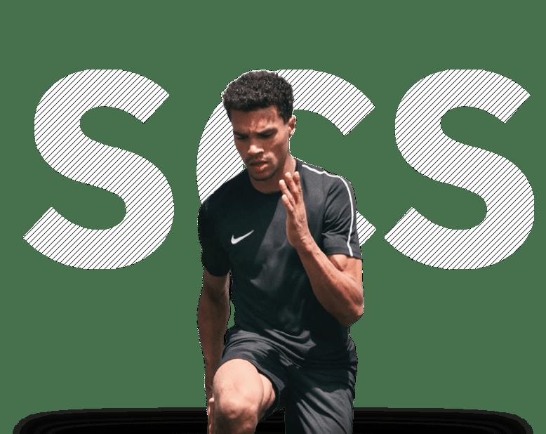 Junger Mann in Nike Kleidung
